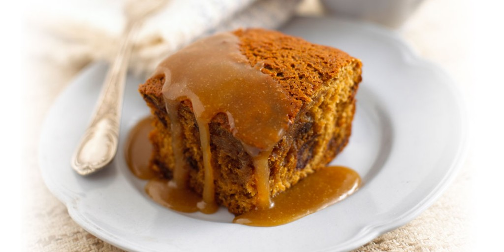 Lyle 39 s splendidly sticky toffee pudding lyle golden syrup for Treacle sponge pudding oven