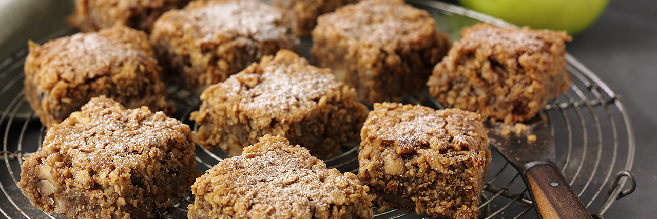 Lyle's Apple Pie Flapjacks