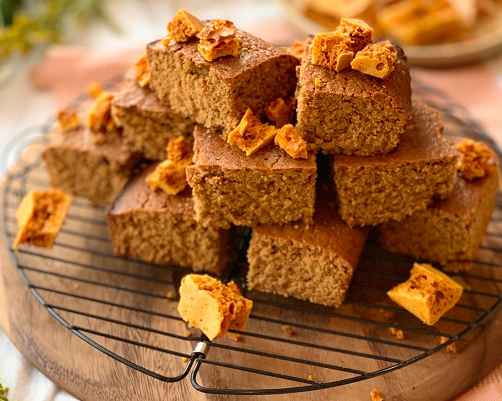 Ginger Parkin with Honeycomb